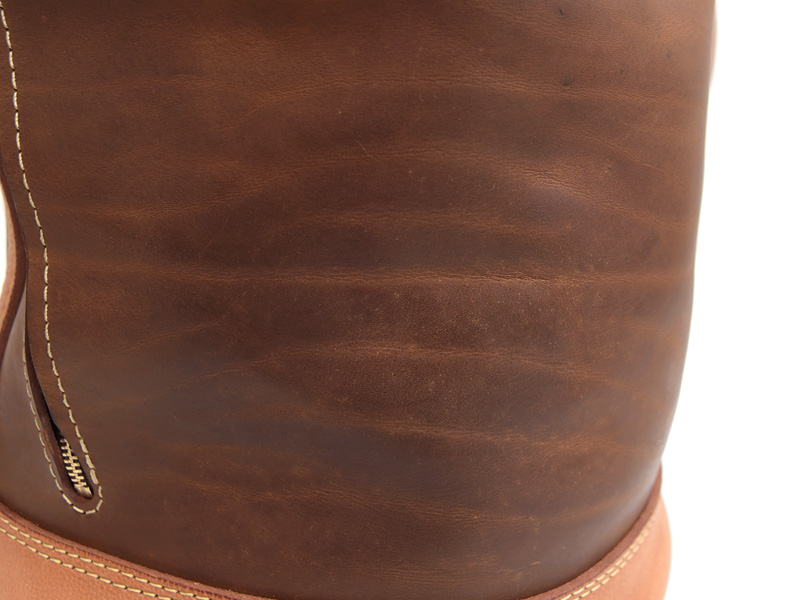 [[[[ Because the leather we are using is natural finish   Leather scratches and stains. The condition of the stripes tiger varieties depending on the product